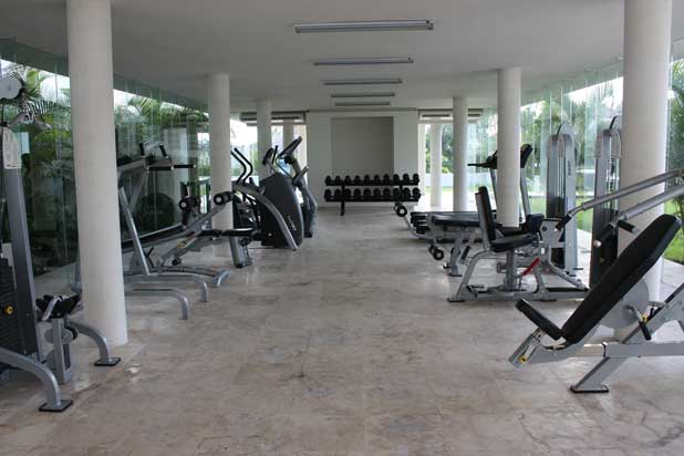 Gym at the condo magia